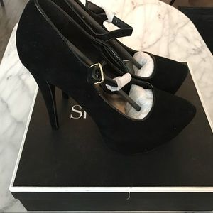 NEW Shoemint Edith Pump